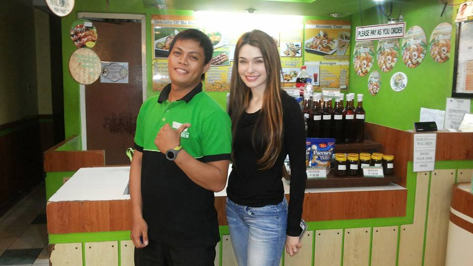 Diana Menezes visits Pancit ng Taga Malabon